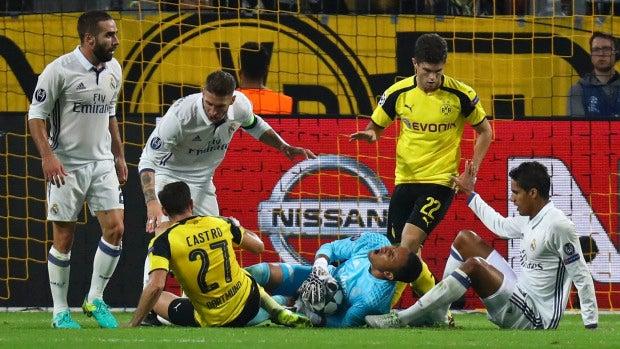 El partido entre el Borussia Dortmund y el Real Madrid en los minutos finales
