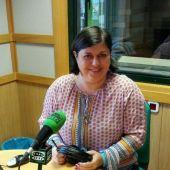 Marisa Urdiales en los micrófonos de Onda Cero León