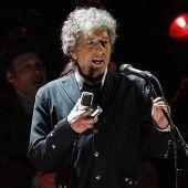 Bob Dylan se enfada con uno de sus fans por intentar grabar su tropiezo