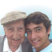 Adopta a un abuelo