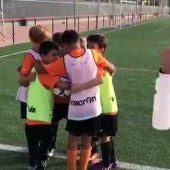 El Patacona CF parodia el botellazo a Neymar