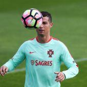 Cristiano Ronaldo, en un entrenamiento con Portugal.