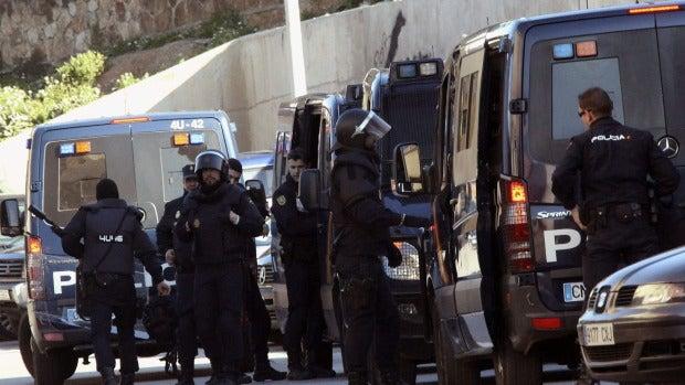 Dispositivo de fuerzas de seguridad en Ceuta donde se ha desarticulado una célula de Daesh.