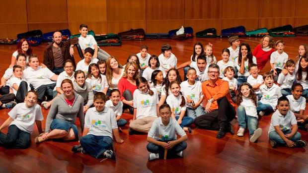 Barrios Orquestados, el proyecto que llevará la música a los niños de un campo de refugiados en Lesbos