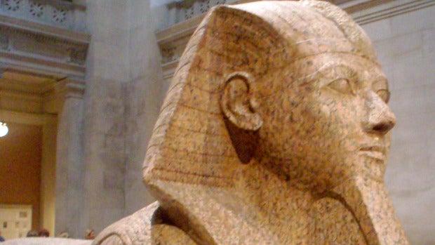 Ecos del Pasado: La faraona que se hizo pasar por faraón