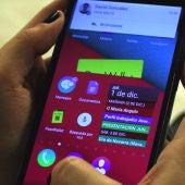 Haz que tu móvil lea en alto los mensajes de WhatsApp como si fuera una radio