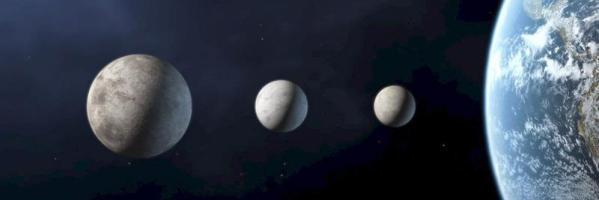 Xena, Charon y Ceres, con el planeta Tierra a su derecha