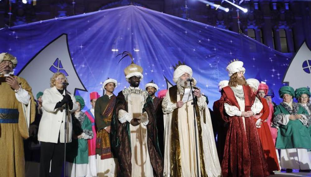 Carmena, con los Reyes Magos