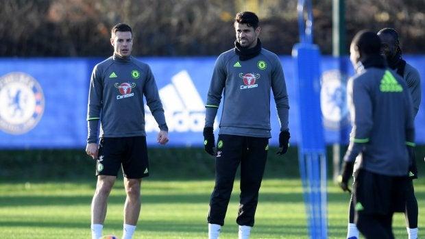 Diego Costa y Azpilicueta en un entrenamiento con el Chelsea
