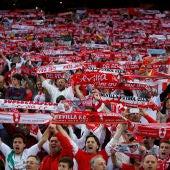 La afición del Sevilla, durante la final de la Copa del Rey contra el Barcelona