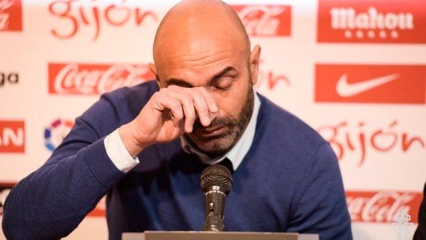 """Abelardo: """"No he llorado por dejar de ser entrenador, me he emocionado por todo lo vivido en el Sporting"""""""