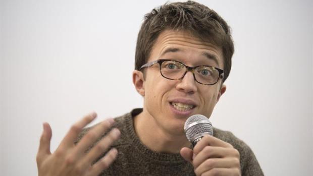 """Javier de la Puerta, campeón mundial de debate: """"Me quedo con Íñigo Errejón como gran orador en política"""""""