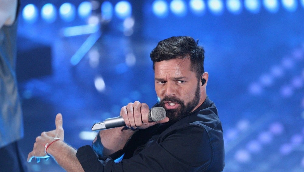 Ricky Martin durante su actuación en el Festival de Sanremo