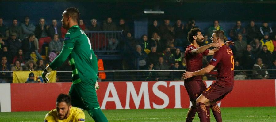 Dzeko celebra un gol ante el Villarreal