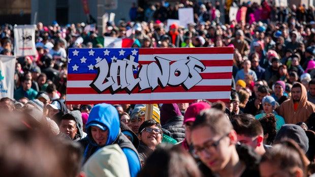 Miles de inmigrantes abandonan por un día sus trabajos en EEUU en protesta por la política migratoria de Trump