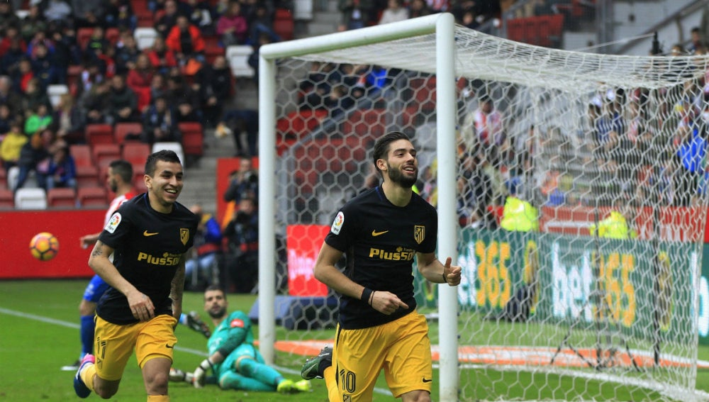 Carrasco celebra un gol