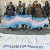 """Unas de 200 personas se han concentrado en la madrileña plaza de Chueca para reivindicar """"el derecho a ser de las personas transexuales"""""""