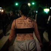 Activistas participan en una manifestación por el Día Internacional de la Erradicación de la Violencia Contra la Mujer, en Ciudad de México (México)