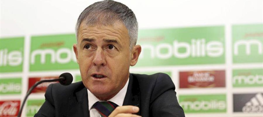 El entrenador del Granada, Lucas Alcaraz.