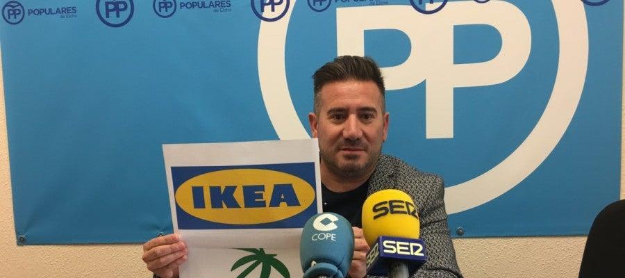El edil del PP Luis Ángel Mateo ha pedido que Elche se ofrezca a acoger la implantación de IKEA.