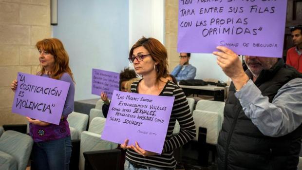 """La agencia de azafatas del GP de Jerez, tras la petición de Podemos de prohibirlas: """"Nosotros no cosificamos a la mujer"""""""