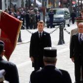 Macron y Hollande en un acto oficial