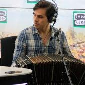 Claudio Constantini toca en directo en Más de uno