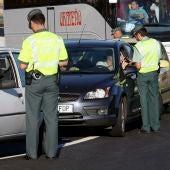 La Guardia Civil hace un control de alcoholemia