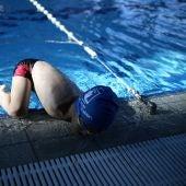 Ismail Zulfic, el niño sin brazos que ha logrado ganar una medalla de natación