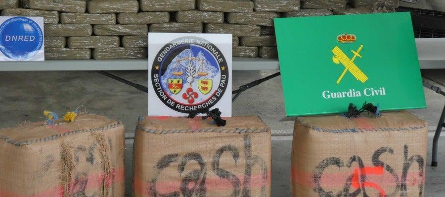 Desmantelada una organización criminal que introducía 400 kilos de hachís