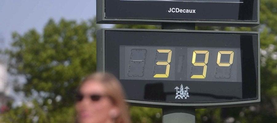Un termómetro en la vía pública