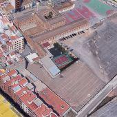 Patio del colegio Virgen del Carmen de Vila-real donde se construirá el pabellón Campió Llorens