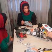 Se les deniega la visa en EEUU a seis chicas afganas para participar en un concurso y se presentan por Skype