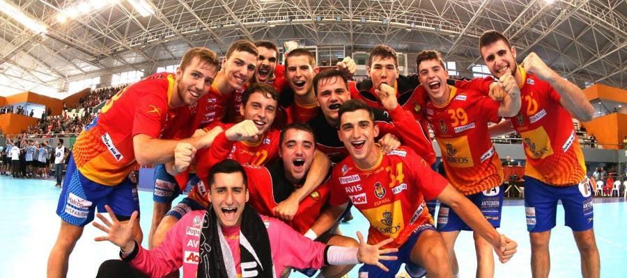 Los 'Hispanos Júnior' celebran su campeonato del mundo