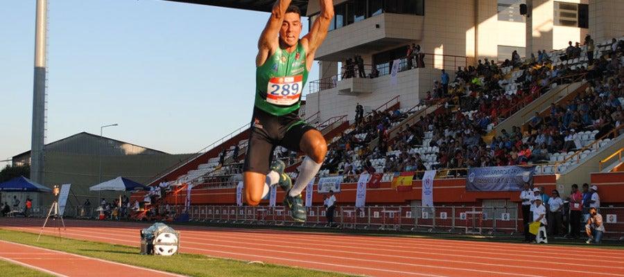 El atleta Pablo Torrijos