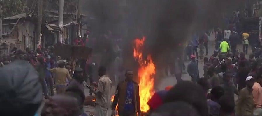 Violentos disturbios en Kenia tras una denuncia de fraude electoral
