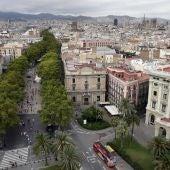 Vista desde el Monumento de Colón de Las Ramblas de Barcelona