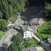 Vista de un deslizamiento de tierra en Bondo, al sur de Suiza