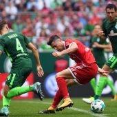 Lewandowski ante el Bremen