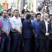 Albert Rivera y otros líderes políticos en la manifestación contra el terrorismo