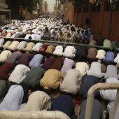 "Expertos advierten de peligro de cientos de ""mezquitas encubiertas"" en España"