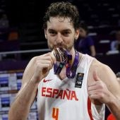 Pau Gasol, con la medalla de bronce del Eurobasket