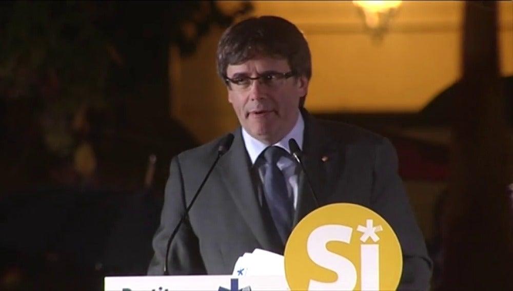 """Puigdemont reta a Rajoy a explicar en el Congreso """"el estado de excepción"""" en Cataluña"""