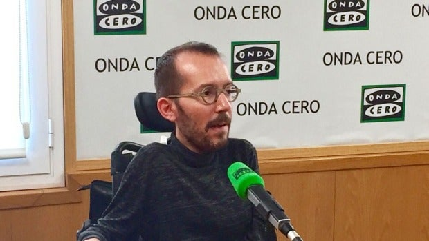 """Pablo Echenique: """"No estamos de acuerdo con la hoja de ruta de Puigdemont pero Rajoy se ha comportado de manera incendiaria"""""""