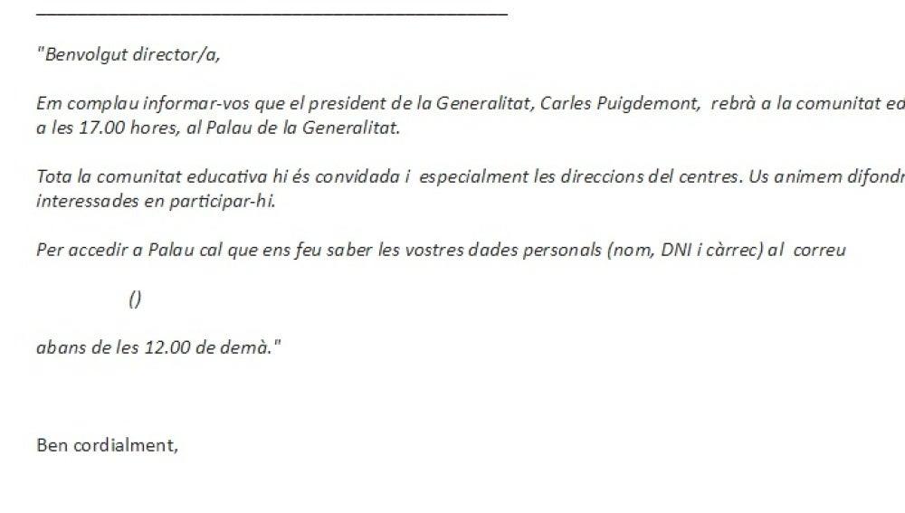 Correo electrónico que el Govern ha enviado al sector educativo para convocarles a un encuentro con Carles Puigdemont de cara al referéndum del 1-O