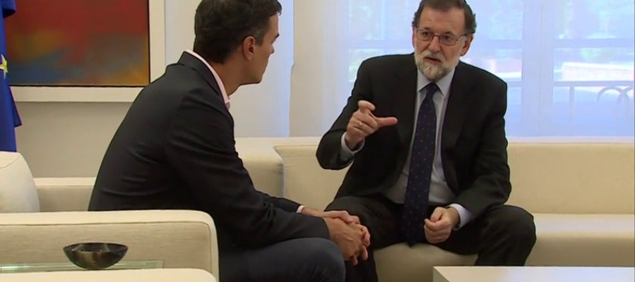 El Gobierno ultima con PSOE y Ciudadanos los detalles sobre cómo aplicar el artículo 155