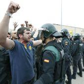 Guardias civiles durante el referéndum del 1-O