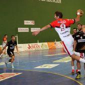 El Balonmano Nava se impuso en la primera ronda de la Copa del Rey