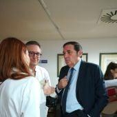 El consejero de Sanidad en su visita al Hospital de Segovia