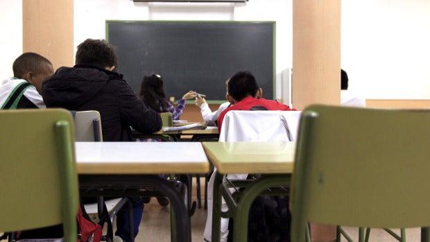 """El profesor Diego Reina, el primer objetor de conciencia al pin parental: """"Quería dar ejemplo a mis alumnos"""""""